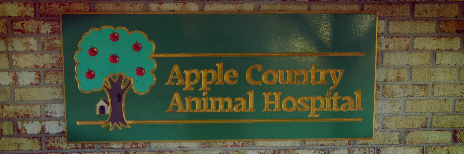 Sign on building of Apple Country Animal Hospital
